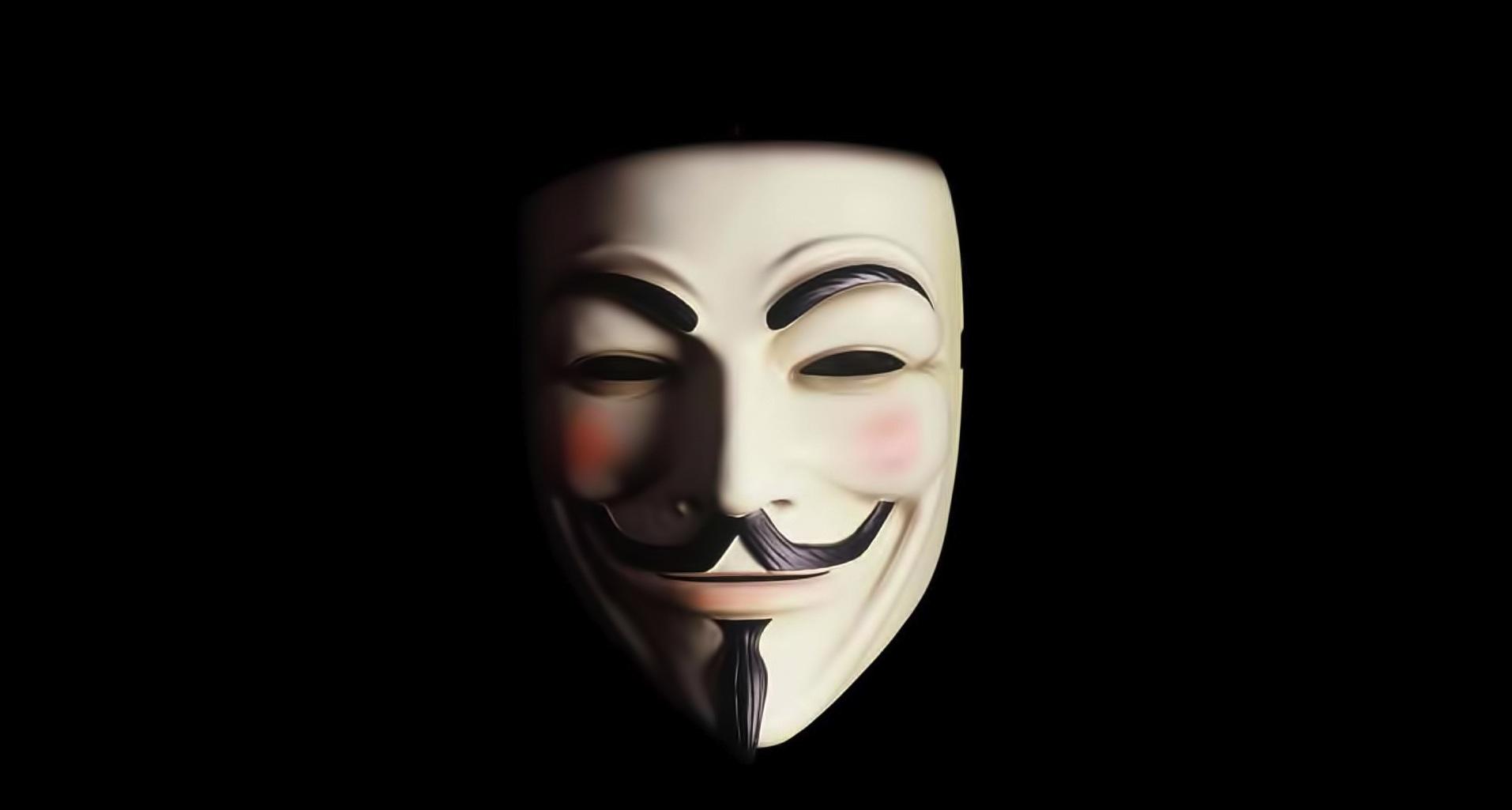1-vendetta-guy-fawkes-mask-on-black